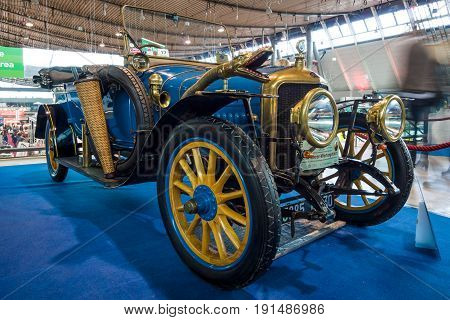 STUTTGART GERMANY - MARCH 02 2017: Vintage car Delage B1 Tourer 1915. Europe's greatest classic car exhibition