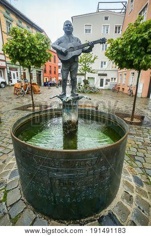 Roider Jackl Fountain In Freising