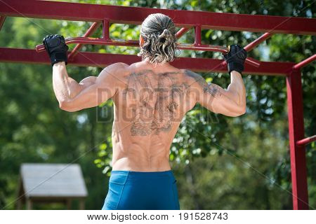 Chin Ups Workout In Park