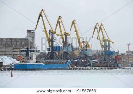 VYBORG, RUSSIA - FEBRUARY 24, 2017: Gloomy February day in the Vyborg cargo port