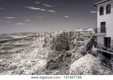 The Valley Zbelow