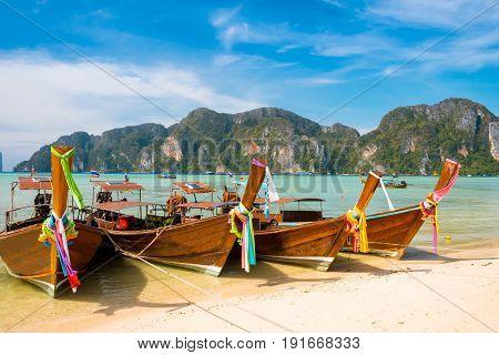 Koh Phi phi island bay and longtail boat, Andaman Sea - Thailand