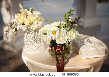 beautiful, luxurious wedding decor of natural colors, flowers, decor