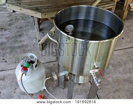 Heating Water to Make Home Brewed Beer
