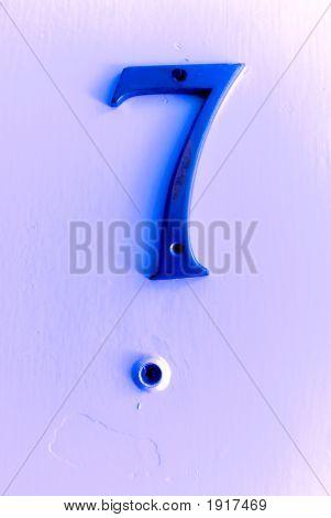 Eye Up Lucky Seven