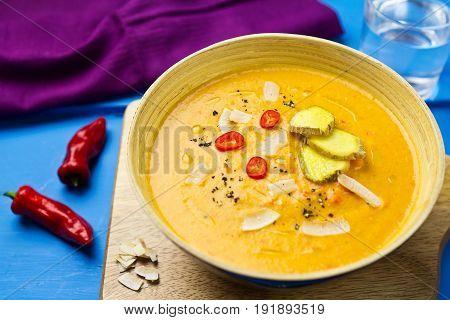 Red lentil, red pepper ginger and coconut soup