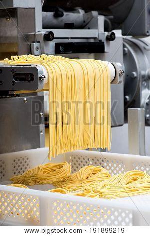 Making Fresh Italian Spaghetti Pasta