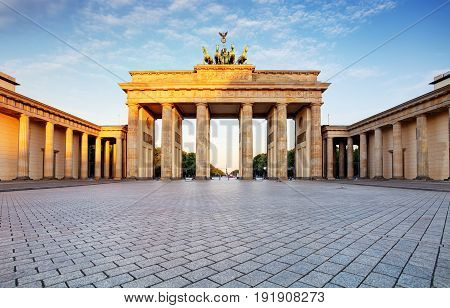 Branderburger Tor- Brandenburg Gate in Berlin Germany