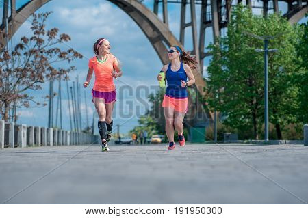 Two Running Girls 06