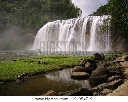 Tinuy-an Falls,