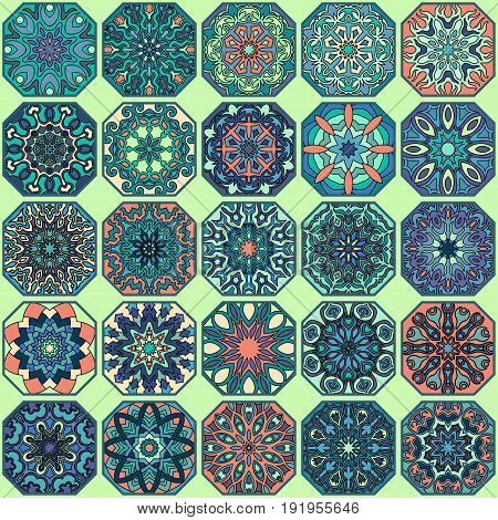 Seamless Pattern. Vintage Decorative Elements. Hand Drawn Background. Islam, Arabic, Indian, Ottoman