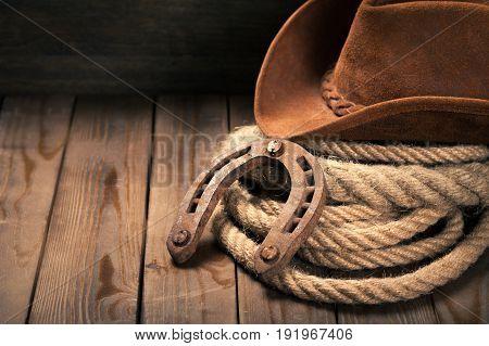 Hat horse cowboy horseshoe lasso lariat old