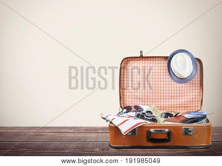 Objects travel retro case suitcase leisure bag