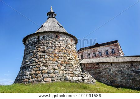 Korozhnaya Tower the biggest tower of Spaso-Preobrazhensky monastery on Solovki (Solovetsky archipelago) Russia. UNESCO World Heritage Site.