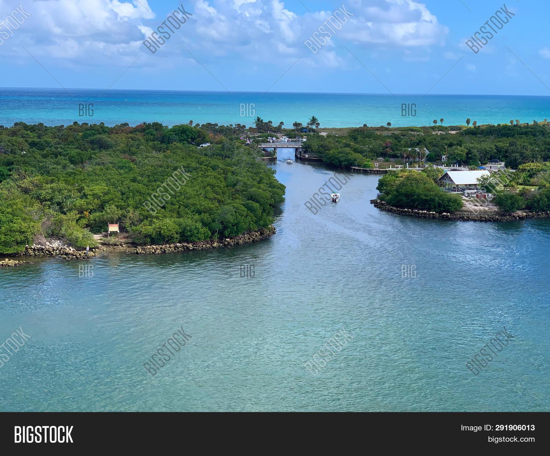 Intracoastal Waterway Image & Photo (Free Trial) | Bigstock