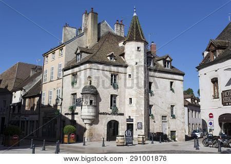 Beaune, France - August 08, 2016: Street In The Town Beaune In Burgundy,france