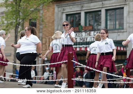 Stoughton, Wisconsin, Usa - May 20, 2018: Annual Norwegian Parade, Members Of The Cripple Creek Clog