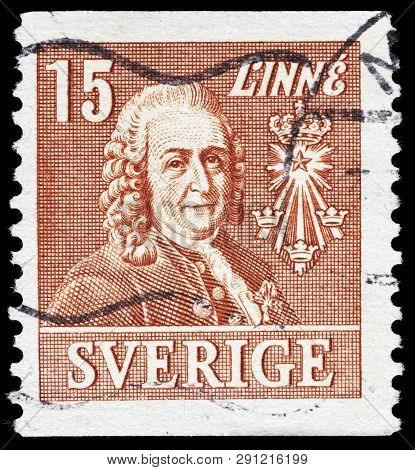 Luga, Russia - February 17, 2019: A Stamp Printed By Sweden Shows Image Portrait Of Carl Linnaeus (c