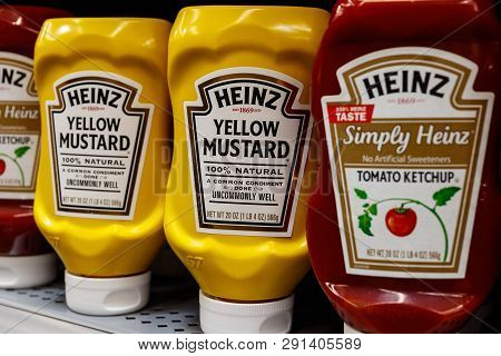 Indianapolis - Circa March 2019: Kraft Heinz Branded Mustard And Ketchup. Kraft Heinz Is The Fifth L