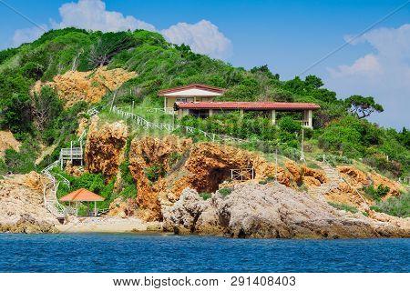 Koh Larn - Island Just Off The Coast Of Pattaya