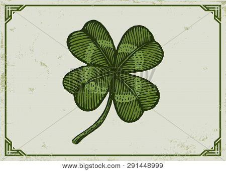 Vintage Green Lucky Clover