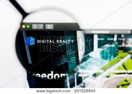 Los Angeles, California, Usa - 25 March 2019: Illustrative Editorial Of Digital Realty Trust Website