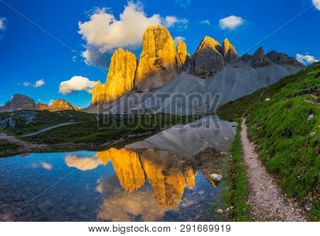 Iconic Tre Cime Peaks From Tre Cime Di Lavaredo Loop Trail At Sunset , Italy