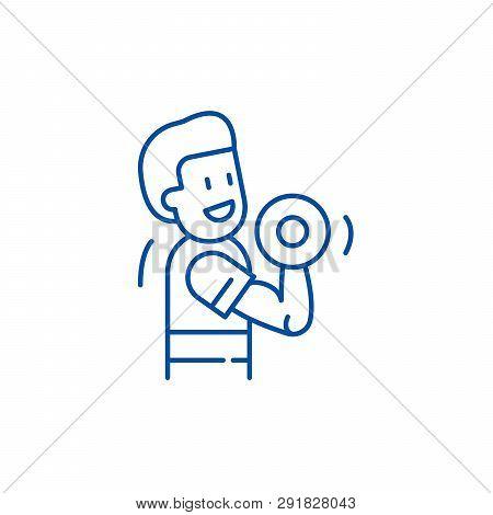 Strength Training Line Icon Concept. Strength Training Flat  Vector Symbol, Sign, Outline Illustrati