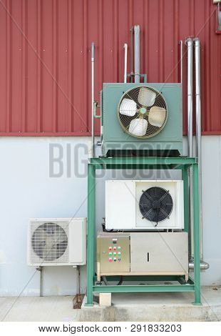 Air Conditioning Or Cooler Compressors For Industrial Use With Main Control Unit