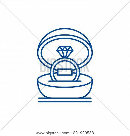 Marriage Ceremony Line Icon Concept. Marriage Ceremony Flat  Vector Symbol, Sign, Outline Illustrati