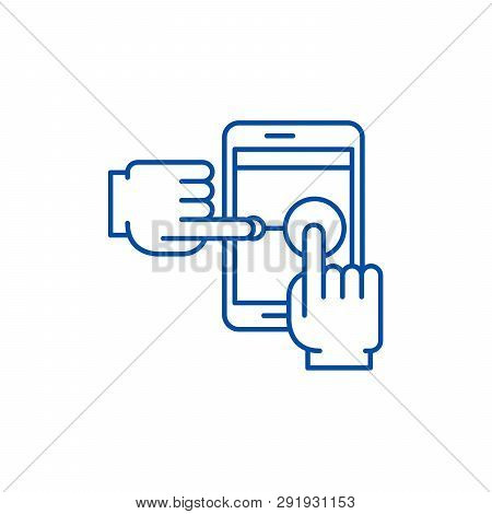 Multi Touch Line Icon Concept. Multi Touch Flat  Vector Symbol, Sign, Outline Illustration.