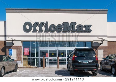 Officemax Retail Store Exterior And Trademark Logo.