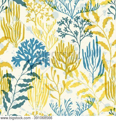 Coral Reef Seamless Pattern. Kelp Laminaria Seaweed Algae Background. Tropical Coral Reef Branch Sil