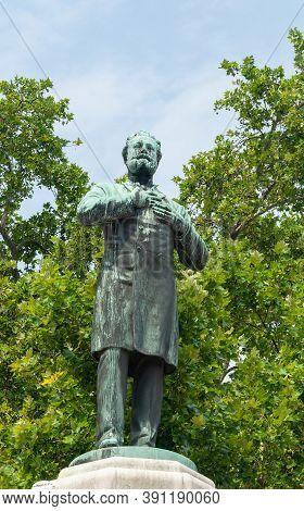 Vienna, Austria - July 30, 2019: Statue Of Austrian Politician, Mayor Of Vienna, Founder Of Austrian