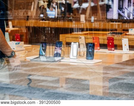 Paris, France - Oct 23, 2020: The New Iphone 12 And Iphone 12 Pro On Display During Launch Day In Ap