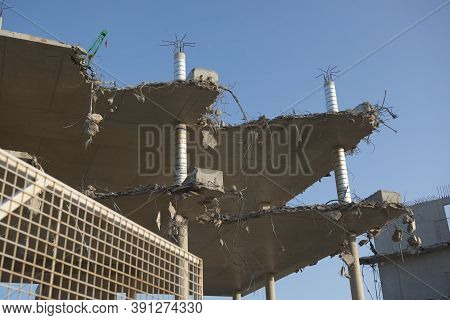 Sheffield, United Kingdom, 17th September, 2020: Close Up Of Partially Demolished Concrete And Steel