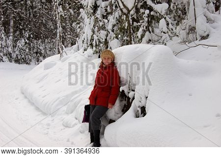 Young Woman, Red Down Jacket, Posing, Winter, Frost Snow Snowdrifts Resting
