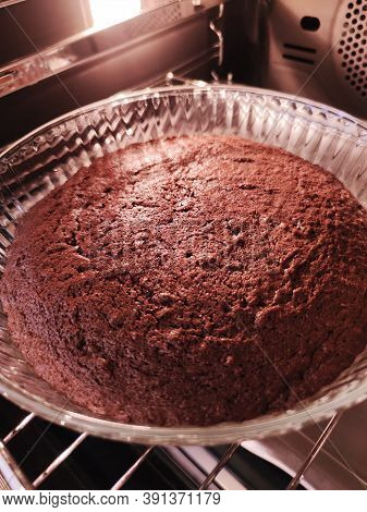 Sweet Chocolate Cake Pie Biscuit Pastry Tasty Dessert Cooking Food Photo