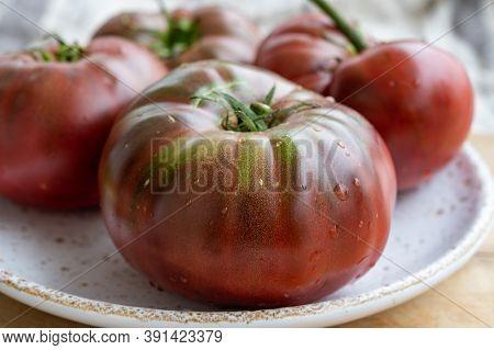New Harvest Of Big Raddish-purple Heirloom Tomatoes Black Crimea