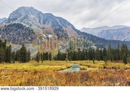 Medial Multinskiye Lake, Altai Mountains, Russia. Autumn Landscape