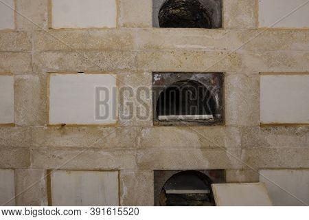 Jerusalem, Israel - October 20th, 2020: Underground Multi-tiered Burial Vaults Is One Method Of Satu