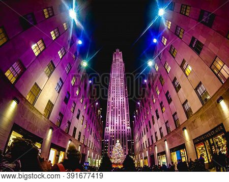 10/26/2020: A splendid shot of the Rockefeller Center in New York City during the Christmas holiday season.