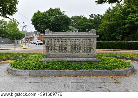 Plymouth, Ma - July 3, 2020: Cole's Hill Is A National Historic Landmark Containing The First Cemete