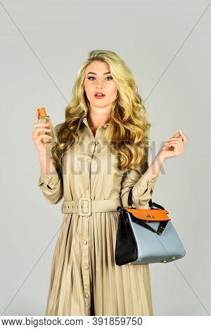 Favorite Fragrance. Apply Fragrance Skin. Spray Perfume. Female Fragrance. Stylish Girl With Purse.