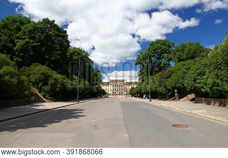 Oslo, Norway - 27 Jun 2012: The Royal Palace In Oslo, Norway
