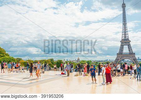 PARIS, FRANCE - August 22, 2019: Tourists in foot Graben Paris city, France.