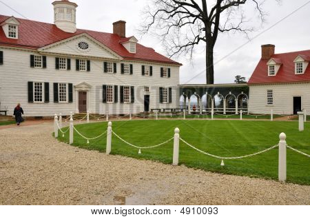estate of Mount Vernon home of George Washington in Virginia poster