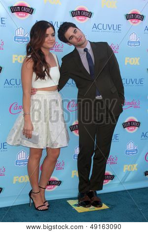 LOS ANGELES - AUG 11:  Lucy Hale, Darren Criss at the 2013 Teen Choice Awards at the Gibson Ampitheater Universal on August 11, 2013 in Los Angeles, CA