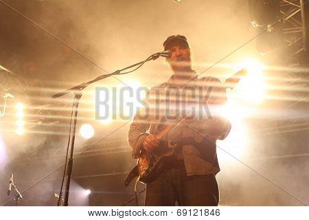 Ben Howard's guitarist performs live at Somersault 2014