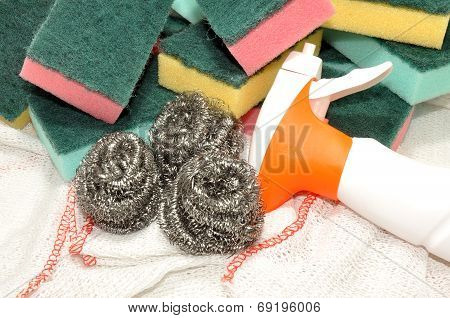 Sponge And Metal Cleaning Scourers